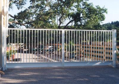 Flat Top Driveway Gates