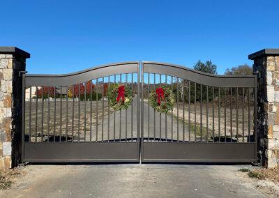 Bell Curve Bi-Parting Driveway Gate w/ Recessed Panels & Classic Design